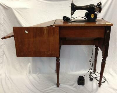 Vintage 1940 Singer Sewing Machine Model 128 With Built In Table