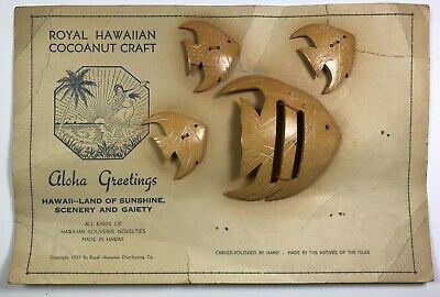 Vintage Realistic Carved Fish Sewing Buttons &Buckle, Original Card, Hawaii 1937