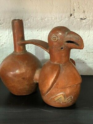 Antique Pre-Columbian Chimu terracotta whistling stirrup spout jar ewer peruvian