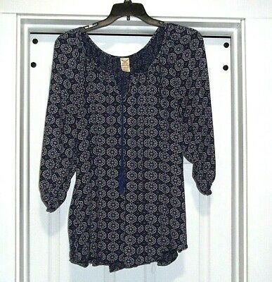 Ladies Plus Size 3X 22w-24w Blue Print Faded Glory Tassel Top w/ Elastic Sleeve