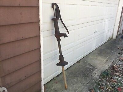 Antique Vintage Cast Iron Well Hand  Water Pump