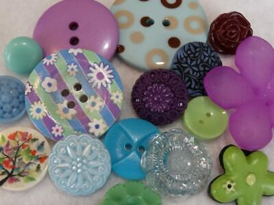 AWESOME BLUE GREEN PURPLE VINTAGE & NEW BUTTONS Flower Pearl Colt +