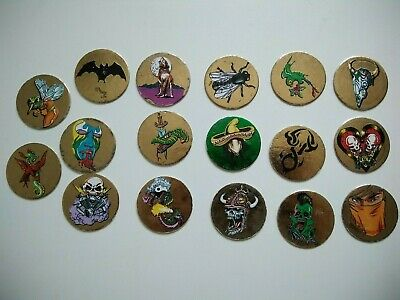 Lot 17 pogs GOLD world flip federation collection or wff