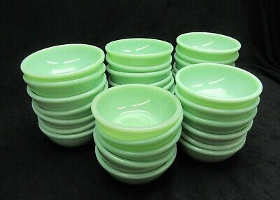 Vtg, Jadeite Jadite Fire King Restaurant Ware Beaded rim Bowl Minty Mint G-300