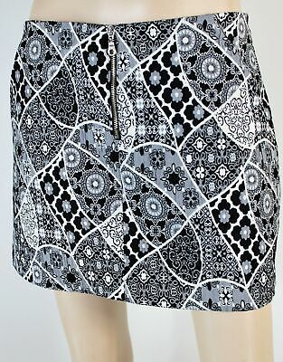 Zara black & white embossed a-line short skirt with pockets & front zip -suit 10