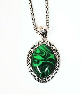 Antique Silver Tone,Oval Green Malachite Natural Gem Stone Charm Chain Necklace