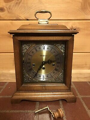 Howard Miller Key Wind Westminster Chime Mantle Clock Good Germany Made 340-020A