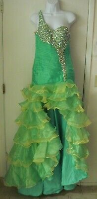NWT Mary's Kiss Kiss Green Beaded Layered Prom Quince Formal Gown SZ 6 $397