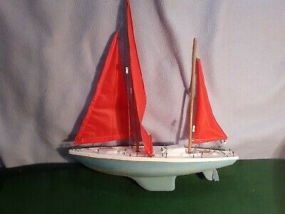 "Vintage 1960s  Pond Yacht 16.5"" Hull Sailboat"