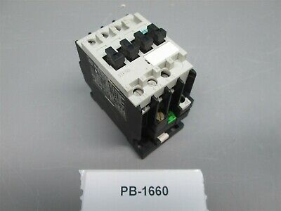 Siemens 3TF-3000-0A Contactor 9 Amp 3 Pole New Old Stock