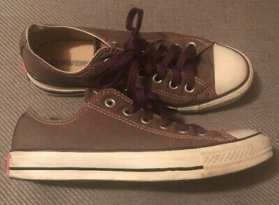 Converse All Star Low Top Size 6 Chuck Taylor Great Condition Cool