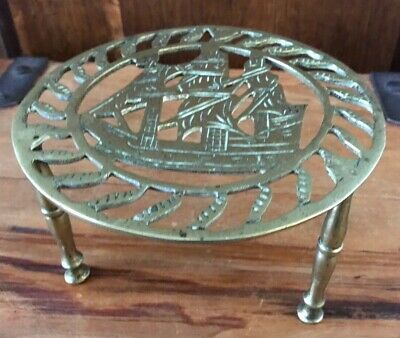 Antique Brass Ships Sailing Boat Nautical Round Raised Trivet