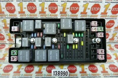 2005 2006 05 06 Ford Mustang Engine Fuse Junction Relay Box 6R3Z-14A068-D Oem