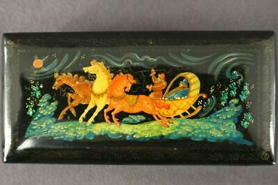 Vintage Russian Folk Art Story Hand Painted Lacquer Trinket Box Horses Sled