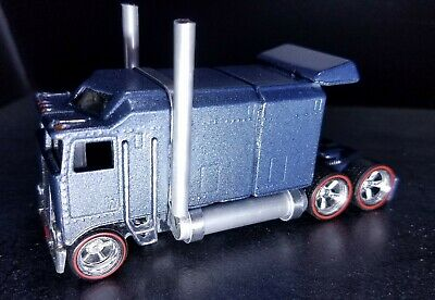 Racing Champion Snap On Tractor Trailer Truck Sleeper Cab 1