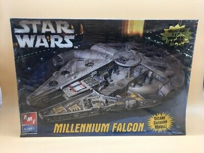 Star Wars Millenium Falcon Amt Model Kit Deluxe Cutaway New Boxed Sellado