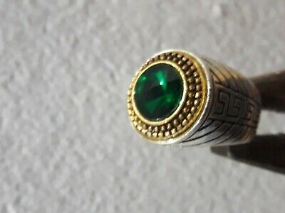 Rare Ancient ROMAN Ring With A Green Color Stone Silver Artifact Amazing Piece.