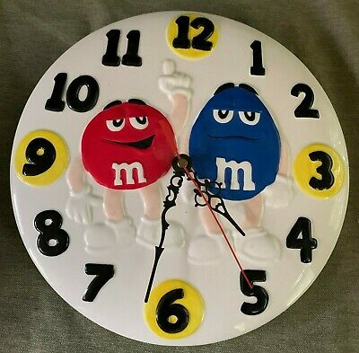 "Scarce M&M's Ceramic Kitchen Wall 10"" Wall CLOCK Benjamin & Medwin 2001"