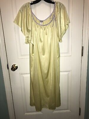 Vintage Glossy Yellow Nylon Satin Tea Gown Angel Sleeve Lilac Piping Plus 3X