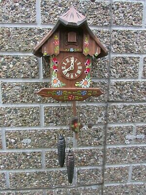 Vintage Black Forest Chalet Style One Day Cuckoo Clock