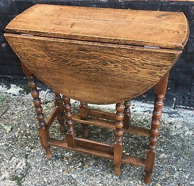 Small Oak Bobbin Turned Gateleg Drop Leaf Table
