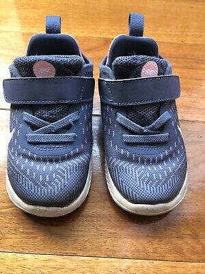 Toddler Girl Nike Shoes Size 7C