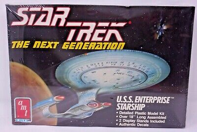 AMT Model Kit #6619 Star Trek USS Enterprise Starship - Next Generation - 1988