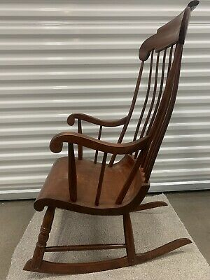 Nichols & Stone Bent Back Boston Rocker - Rocking chair 686-060