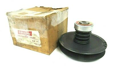 "New Lovejoy 11902 Variable Speed Pulley 7/8"" Bore"