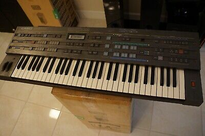 Casio CZ-5000 Synthesizer Keyboard