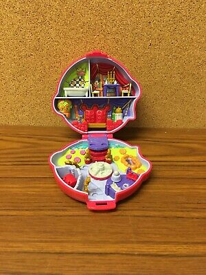 Vintage Polly Pocket  Disney Minnie and Mickey Mouse playcase 1995 Good Con BB2B
