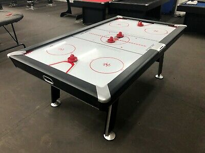 Deluxe 7 Foot Air Hockeytable With Electronic Score Board