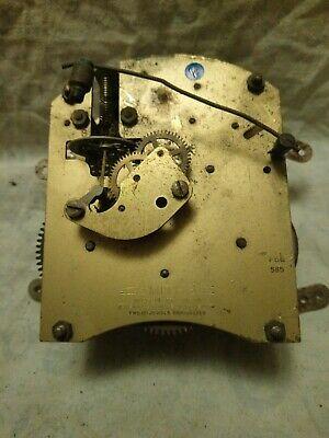 Old Smiths Two Jewels Clock Movement For Spares Or Repairs No 21