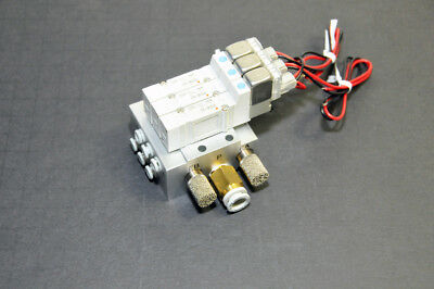 3x SMC Solenoid SY3140-5LZ Solenoid Valves with Manifold Base