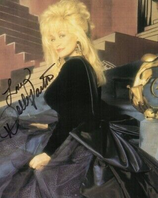 P-Dolly Parton Autographed Color Photo - W/Coa