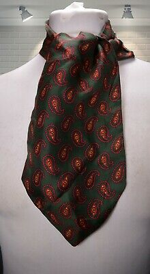 IMMACULATE Vintage Silk Cravat - Green & Red Paisley