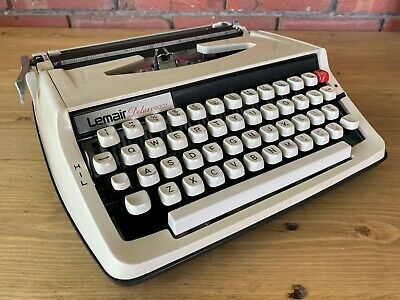 Vintage/Retro Lemair Deluxe 800T Portable Typewriter In Case, Collectable
