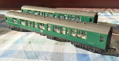 Triang Vintage Model Railway R622 Green Composite Coach X2