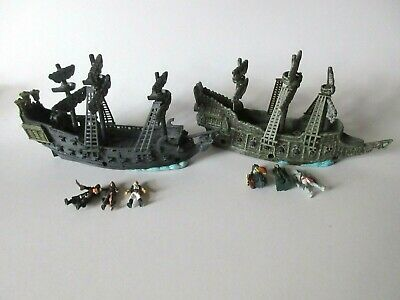 Disney Pirates of the Carribean Miniature Flying Dutchman and Black Pearl Ships