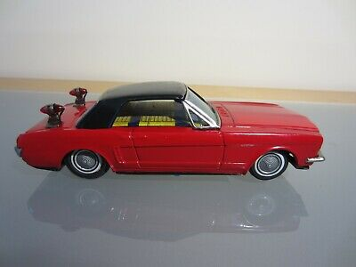 Blechauto mit Antrieb Ford Mustang rot made in Japan Fa. Bandai 1:22
