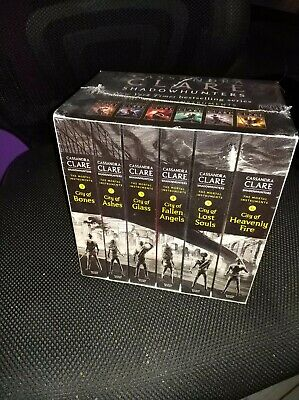 The Mortal Instruments Slipcase: Six books by Cassandra Clare (Paperback, 2014)