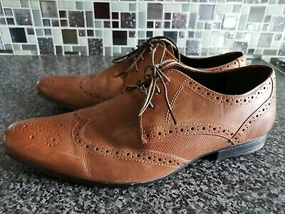 mens SIZE 10 smart brown leather brogue shoes TAYLOR & WRIGHT (E132)