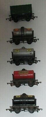TRIANG FREIGHT WAGONS (5) 1 x R11, 4 x R12