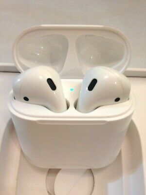 Genuine Apple MV7N2AM/A A2032 A2031 A1602 AirPods with Charging Case 1st Gen.