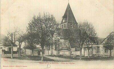 CPA 10 MARCILLY LE HAYER place de l'eglise