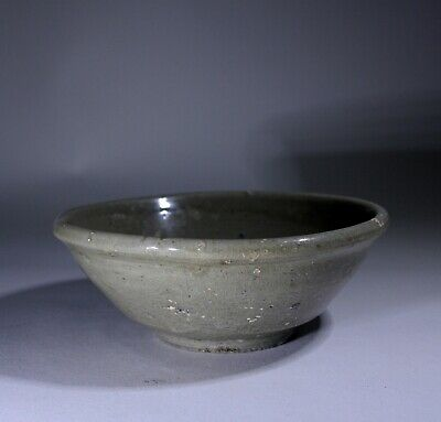 Antique Chinese Porcelain Celadon Glazed Footed Bowl - Song Dynasty