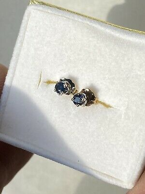 14k white gold .20ctw natural blue sapphire stud earrings with frictions backs
