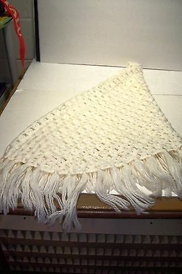Vintage 100% Acrylic Off White Shawl Wrap With Fringe Tagged Made In Japan Euc