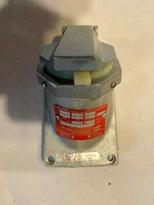 New Crouse Hinds Cps732R Delayed Action Arktite Receptacle New