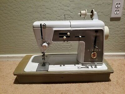 Antique Singer Touch and Sew Model 600 Sewing Machine Freshly Oiled w/ Case